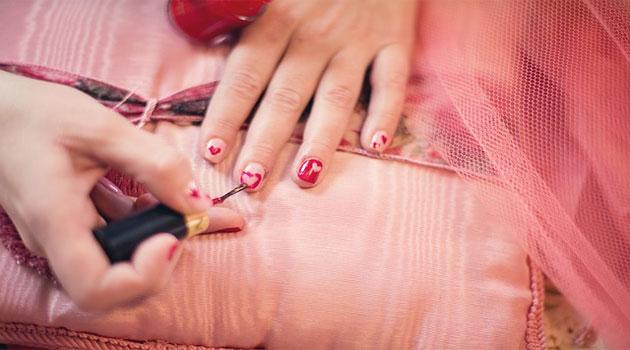Beautiful nails tips in hindi